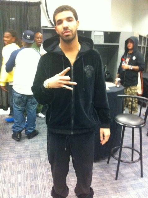 shades of new design 100% quality Drake-Versace-Velour-Jacket-Pants-Black-Sweatsuit-Timberland ...
